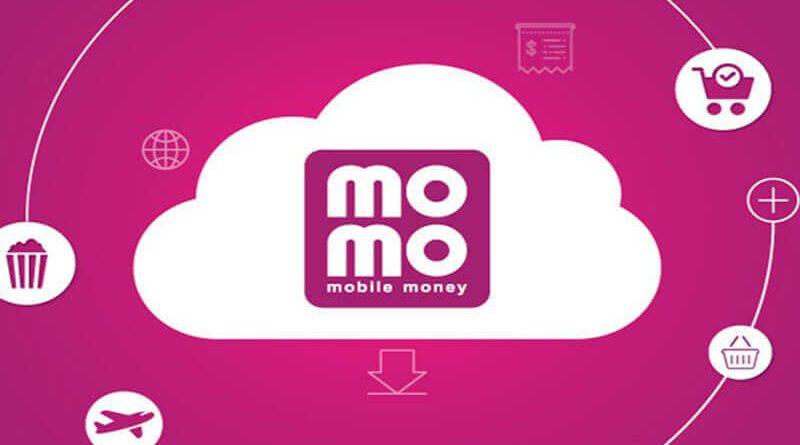 """Khuyến mãi MOMO : Mùa dịch thanh toán tại gia – Nhận bộ 3 thẻ quà giảm 40K """"nhẹ gánh"""" hóa đơn."""